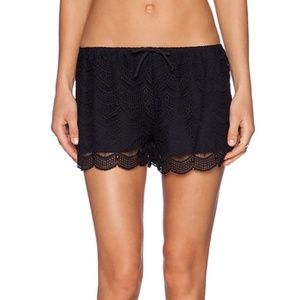 Beautiful Ella Moss Shorts